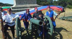 """Представители от Клуб """"Възраждане"""" участваха във възстановката на връх Шипка"""