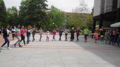 Уроци по народни хора и латино танци в центъра на Търговище
