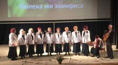 """Ревю """"Старите ракли разказват"""" – изненадата на песенния фестивал """"Люлека ми замириса"""""""