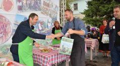 Митко Стайков спечели първото място в състезание за най-красиво аранжиран еленски бут