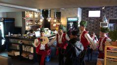 Коледари от Ямбол наричат за берекет в Търговище