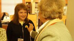Библиотекари раздаваха усмивки в Центъра за административно обслужване